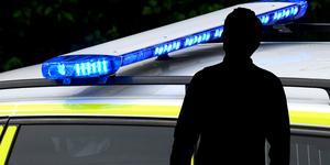 Mannen har åtalats för flera grova brott.