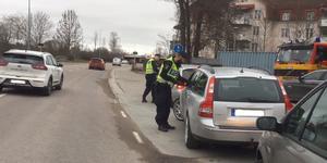 Hastighetskontroll på Väsbygatan.