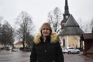 Moras kommunalråd Anna Hed (C) är glad att kommunen får ett förbättrat kostnadsutjämningssystem, men besviken att de fortfarande är nettobidragsgivare till systemet.