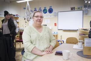 Om skolan läggs ned är Malin Jonsson en av de föräldrar som tittat på skolor i andra kommuner, och tänker till och med flytta från Ljusdals kommun.