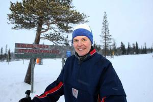 """Marianne Ingemarsson var nöjd och belåten över spåren. """"Det har varit väldigt mycket folk i spåren, kanske mer än vanligt"""", säger Marianne som firat nyårshelgen i Lofsdalen.Foto: Håkan Luthman"""