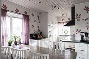 Köket som renoverades 2013. Foto: Utsikten Foto.