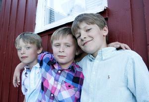 Hugo Hansson, Jens Persson och André Sonnemark har gått i Ope skola, som nu läggs ned. Till hösten börjar Hugo på Frigga och Jens och André flyttar till Ängsmogården.