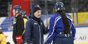 – Jag ser det som att båda våra målvakter är lika bra i nuläget, säger SSK:s tränare Björn Pettersson.