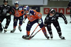 Juho Liukkonen och Christoffer Edlund missade varsin straff i den avgörande semifinalen. Bild: Pernilla Wahlman / SCANPIX