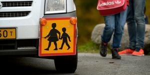 """""""Det blir ju inte rättvist om barn som har långt till skolan ska få busskort som även gäller på fritiden"""". Foto: Janerik Henriksson/TT"""
