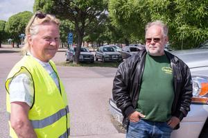 """""""Vi behöver bilen"""" konstaterar PD Marits från Mockfjärd och Per Hammar från Myckelby utanför Hedemora."""