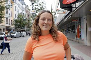 Therese Carlsson, 38 år, Lillkyrka:- Nej, men jag ska absolut rösta. Det är inga jättestora skillnader på partierna jag väljer mellan. Jag bestämmer mig nog dagen före valet. Jag ska fortsätta kolla på alla debatter.
