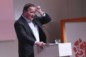 Statsminister Stefan Löfven (S) blev intervjuad i tv här om veckan och blev utskälld efter noter efteråt. Foto: Johan Nilsson / TT /