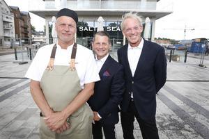 Salt & Seas uteservering har plats för runt 100 gäster och inne i restaurangen cirka 30. Lounger både inne och ute erbjuder ytterligare platser. Kökschef Dennis Johansson, concierge Alexander Skiöldsparr Irving och Tomas Tihanyi ska se till att gästerna trivs.