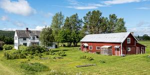 Gården är klassad som ett jordbruk. Bild: Länsförsäkringar Fastighetsförmedling