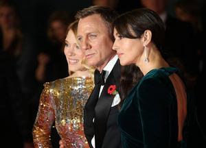 Léa Seydoux, Daniel Craig och Monica Bellucci inför världspremiären på