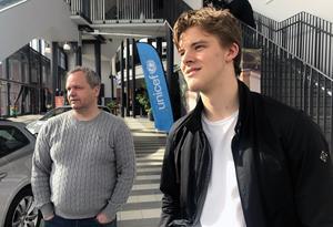 Brynäs nygamle sportchef Micke Sundlöv och nygamle målvakt Samuel Ersson bekantade sig också med varandra. Sundlöv hade hunnit lämna Brynäs när Ersson först kom till klubben 2015.