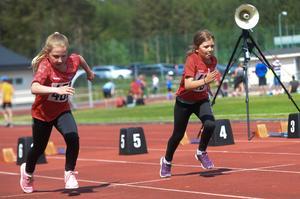 Annie Palo Misch startar och har 59,5 meter kvar till mål.