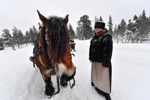 Cilijon och Kika Nylund vid gränsen mot Norge.