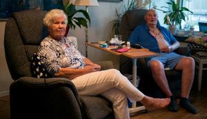 """""""Vi har det bra här hemma, men det är nog inte alla gamla som har det"""", säger Siv Lindberg."""