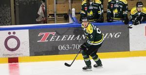 Marwin Ingmarsson var den bäste poängplockaren i Östersund innan matchen mot Vännäs. Men då blev han helt utan poäng.