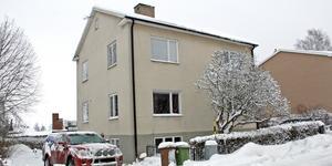 Birkagatan 3 i Kungsör har bytt ägare för 1 490 000 kronor.