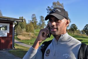 Kontoret på fickan? Nej, inte riktigt, men som för de flesta tränare och instruktörer blir det många samtal i mobilen varje dag.