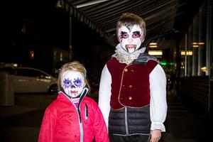 Freija Wullems, 3 år, genomförde loppet tillsammans med sin storebror Elton Wullems, 7 år.