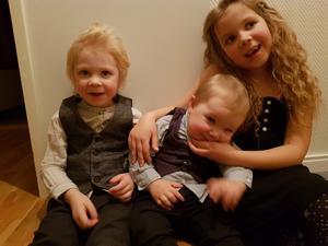 Christina tillbringar så mycket tid hon kan med sina älskade barnbarn Hedlie, åtta år, Wilhelm, fyra år och Alve, två år.
