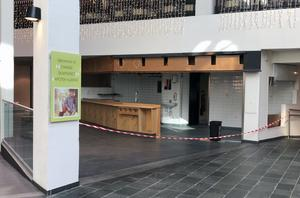 Öde och avspärrad restaurangyta i Gallerian.
