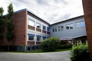 Skollokalerna i Gullänget kommer bli trängre. Skolledare för området har gått ihop om en skrivelse till förvaltningsledningen där de uttrycker sin oro för framtiden.