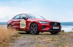 Snygga Volvo S60 förvandlas till kalasbil och förenar sin sportiga design med lyxig känsla, perfekt för att komma i rätt stämning inför konsert och flera av årets artister kommer att få njuta av en lyxig tur i den.