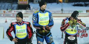 Vintern 2017 tog Daniel Henderson ett brons i isracing-SM som avgjordes i Hallstavik. Vann gjorde Niclas Svensson före sin pappa Stefan.