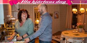 Maria Bergstedt, 53, och Micke Persson, 56, är ett par sedan ett halvår tillbaka.