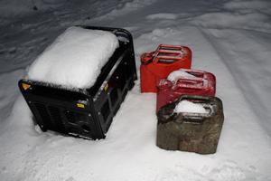 Varannan dag åkte Torgny Österberg och fyllde bensintankar för att kunna värma upp delar av sitt 190 kvadratmeter stora hus.