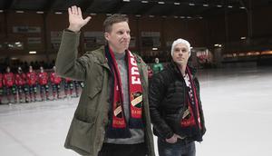 Daniel Liw och daniel Välitalo hyllades för sin långa gärning i Edsbyns IF.