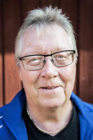 Göran Olsson är lättad efter att ha blivit lovad ekonomist stöd från Norrtälje kommun. Totalt handlar det om 175 000 kronor.