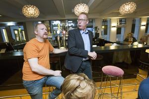 Patrik Lundquist och Peter Kärnström, tongivande socialdemokrater i Sandviken, måste hitta nya samarbetspartners för att skapa majoritet i kommunpolitiken i Sandviken.