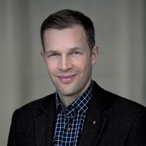 Carl Olén, uppväxt i Skara, var med och grundade och är nu vd för det expanderande investeringsbolaget Skogsfond Baltikum.