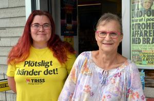 Elin Persson och Katharina Karlsdotter på Karl-Axels kiosk har många kunder att serva, inte minst sommartid.