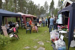 Kön till John Grafs kolbullar i Nornäs är lika lång som varje år.