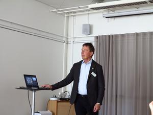 STF:s generalsekreterare/vd Magnus Ling presenterade STF:s verksamhet vid STF Örnsköldsviks Lokalavdelnings 40-årsjubileum.