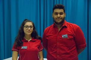 Jacky Ghazal som går andra året på Naturvetenskapsprogrammet och Ghiat Alumawi som går andra året på Teknikprogrammet.