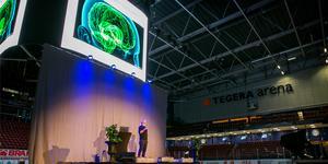 """""""Jag har aldrig gjort en så här stor föreläsning tidigare"""", säger Anders Hansen."""