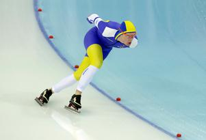 David Andersson under OS i Sotji 2014. Dit blev han uttagen på både 1 000 och 1 500 meter, men en överbelastningsskada i vaden hindrade honom från att göra sig själv rättvisa och gjorde att han slutade först på 38:e plats av 40 deltagare på båda distanserna. Foto: Matt Dunham/TT