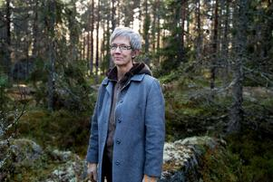 Katarina Östholm får Olof Högberg-plaketten 2018. Bild: Jennie Johansson
