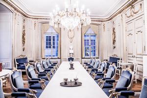 Svenska Akademien vill den närmaste framtiden välja in fyra nya ledamöter, först och främst en jurist med hög kompetens. Akademien består i dagsläget av tio aktiva ledamöter, fyra stolar står tomma och ytterligare fyra ledamöter har lämnat Akademiens arbete.Foto: Lars Pehrson/SvD/TT