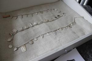 Silversmycket  är i dagsläget en meter långt.