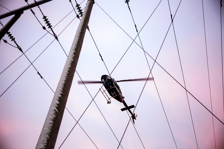 Efter stormen Alfrida har Dala Energi utfört ledningsbesiktningar i Dalarna med helikopter.