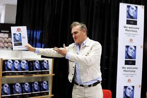 För två år sedan signerade Morrissey sin självbiografi