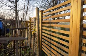 Nu blir det böter för en fastighetsägare som byggt plank utan lov. Bilden är en genrebild.