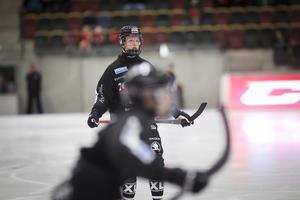 Edvin Isaksson fick göra sitt första mål i elitserien.