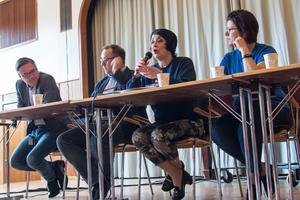 Brinellskolan hade bjudit in alla lokalpolitiker och riksdagsledamöter till debatt. Regionrådet Kenneth Östberg (S), riksdagsledamoten Olle Thorell (S) och Norbergspolitikerna Anna Kramer (M) och Liane Blom (L) var de som dök upp.