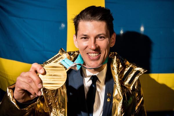 André Myhrer blev Guld-Myhrer efter slalomguldet. Hans första mästerskapsguld och andra OS-medalj efter bronset i Vancouver 2010. Bild: Petter Arvidson/Bildbyrån